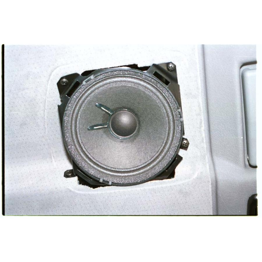 2001 Volkswagen Eurovan Rear side panel speaker