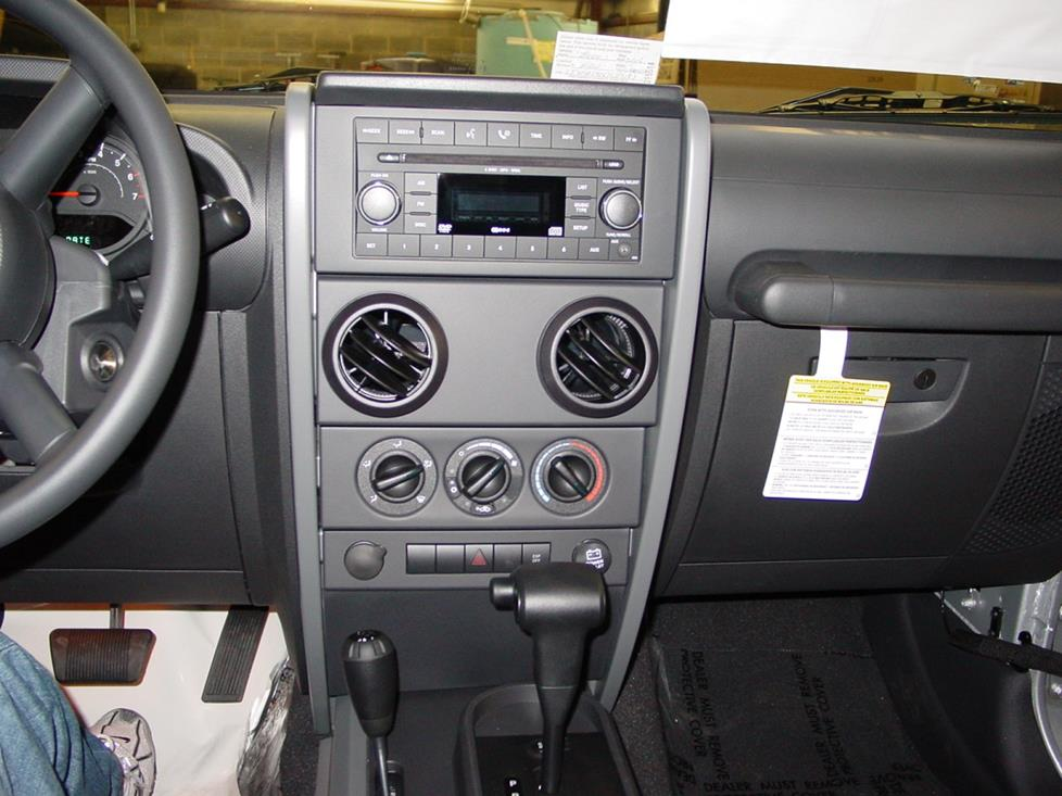 Upgrading the Stereo System in Your 2007-2010 Jeep Wrangler or Wrangler  UnlimitedCrutchfield