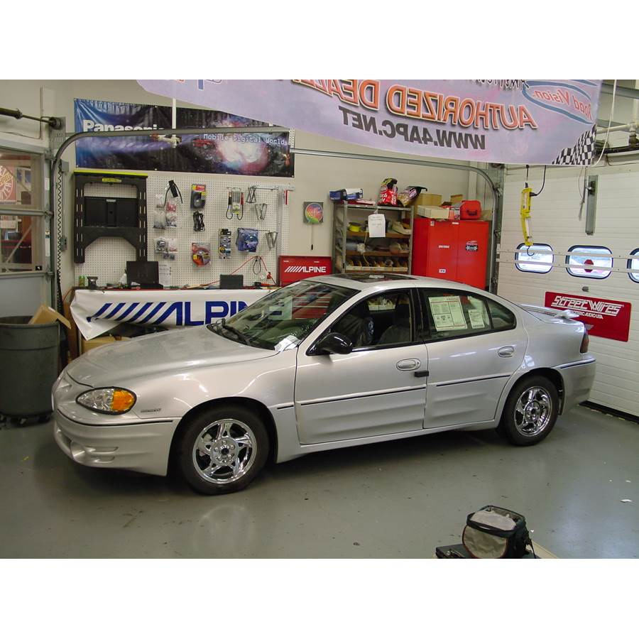 2002 Pontiac Grand Am Exterior