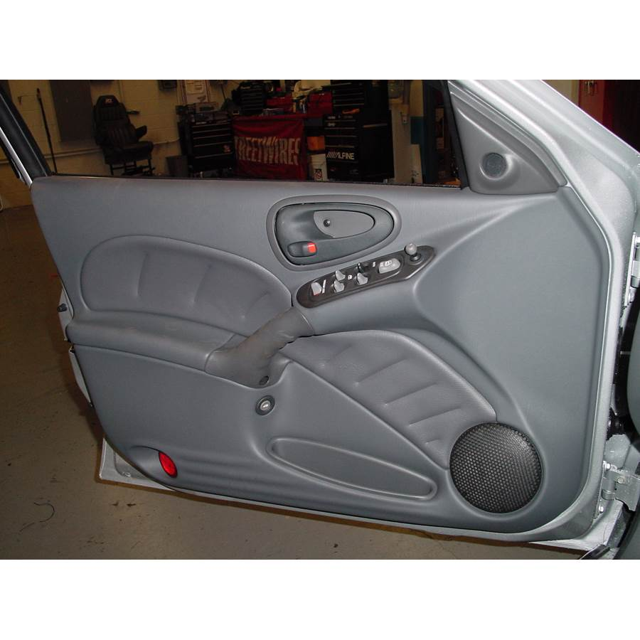 2002 Pontiac Grand Am Front door speaker location