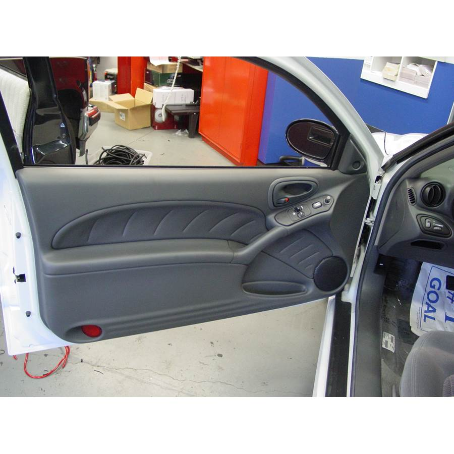2000 Pontiac Grand Am Front door speaker location