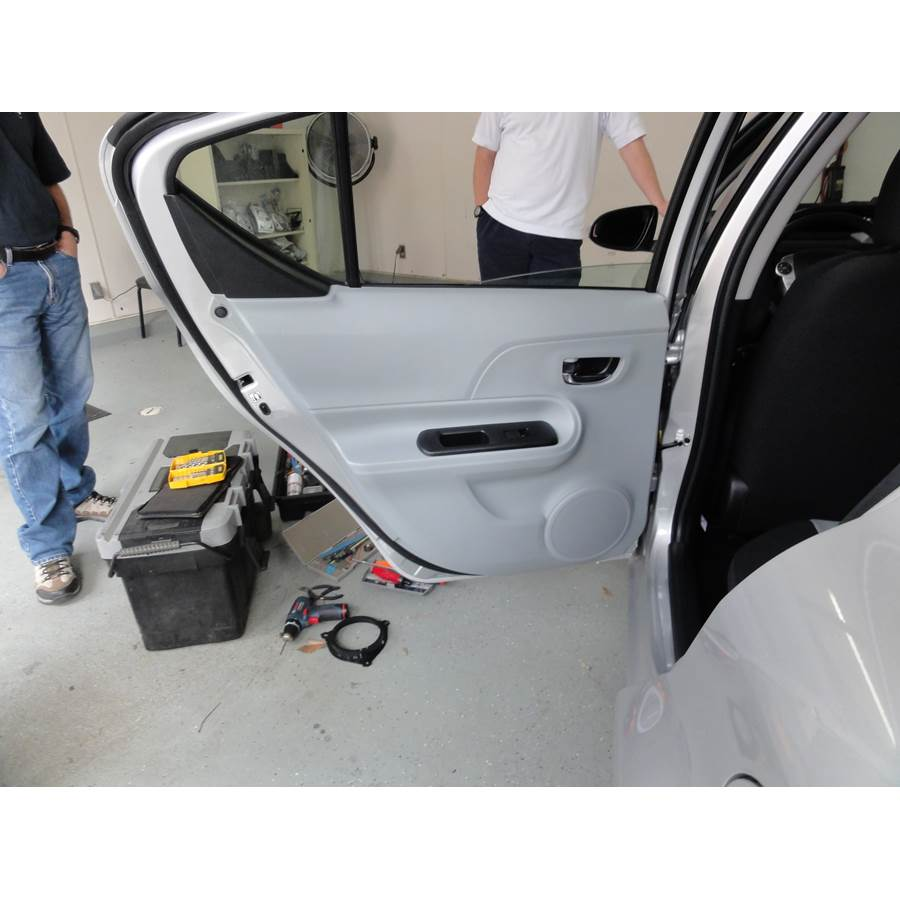 2017 Toyota Prius C Rear door speaker location