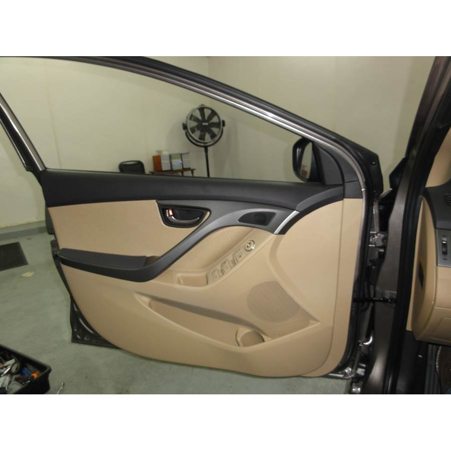 2013 Hyundai Elantra Front door speaker location