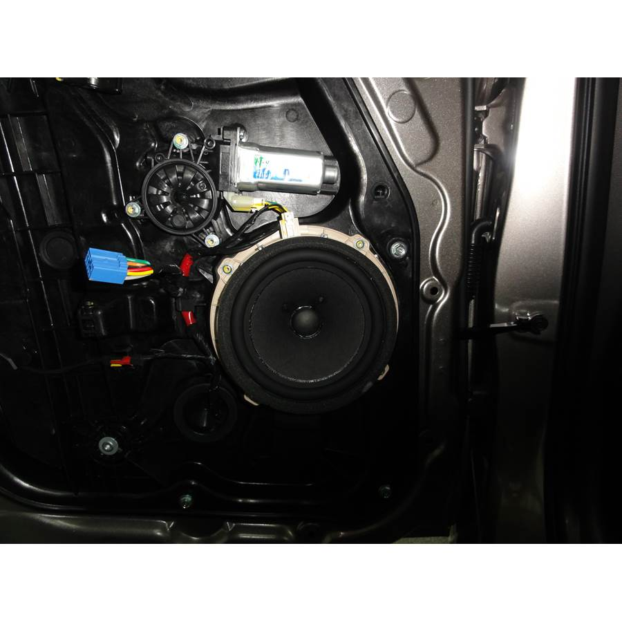 2013 Hyundai Elantra Rear door speaker