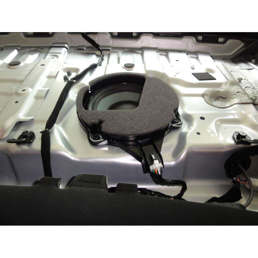 2017 Hyundai Azera Rear deck center speaker