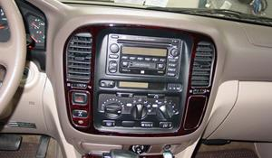 2000 Toyota Land Cruiser Factory Radio