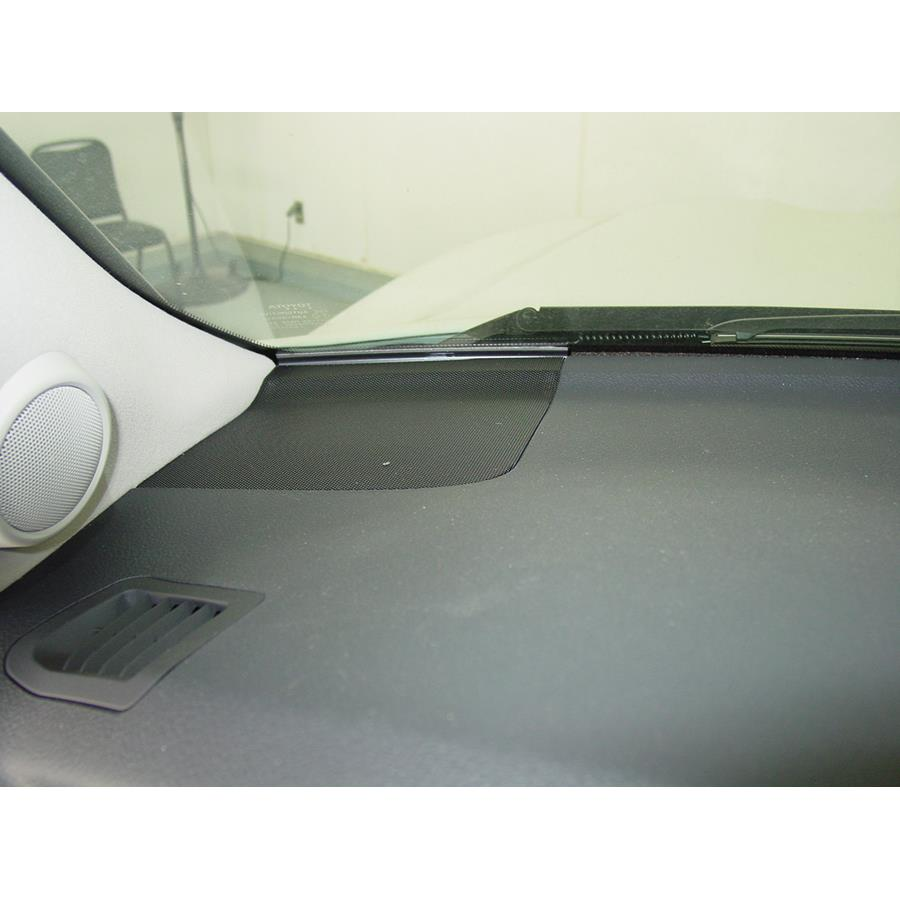 2011 Toyota Land Cruiser Dash speaker location