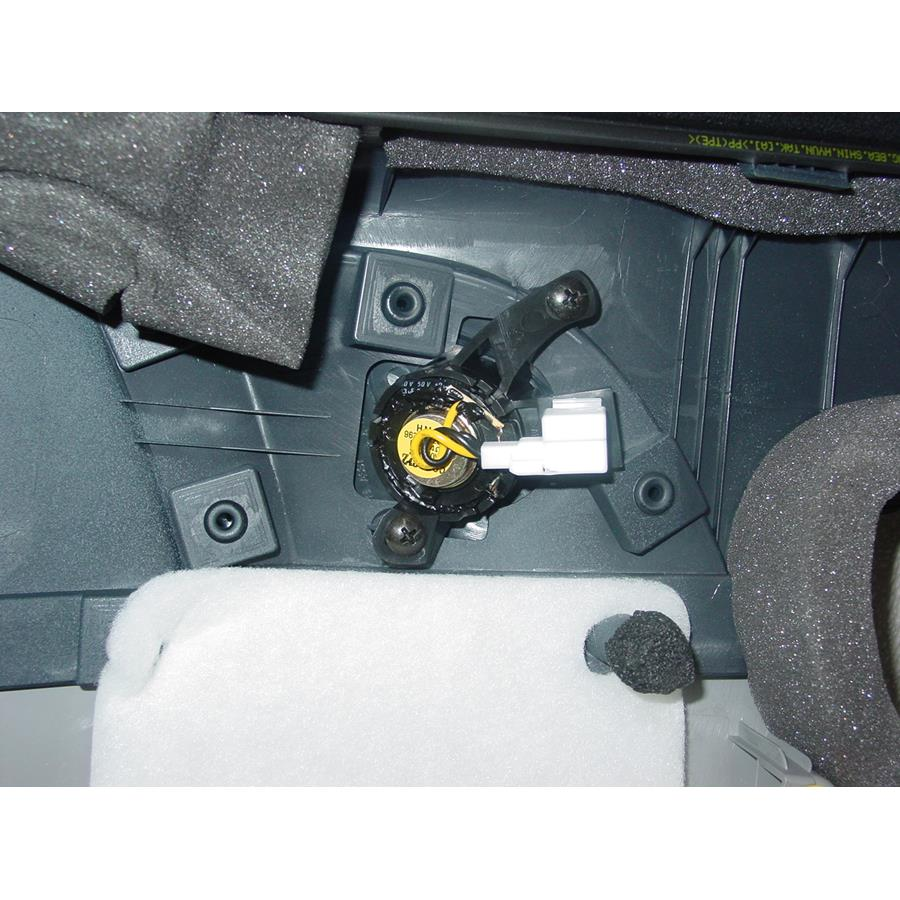 2006 Hyundai Accent Front door tweeter