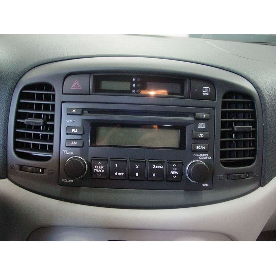 2006 Hyundai Accent Factory Radio