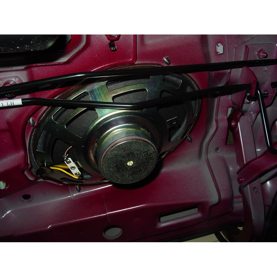 2006 Hyundai Accent Rear deck speaker