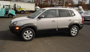 2007 Hyundai Tucson - find speakers, stereos, and dash kits