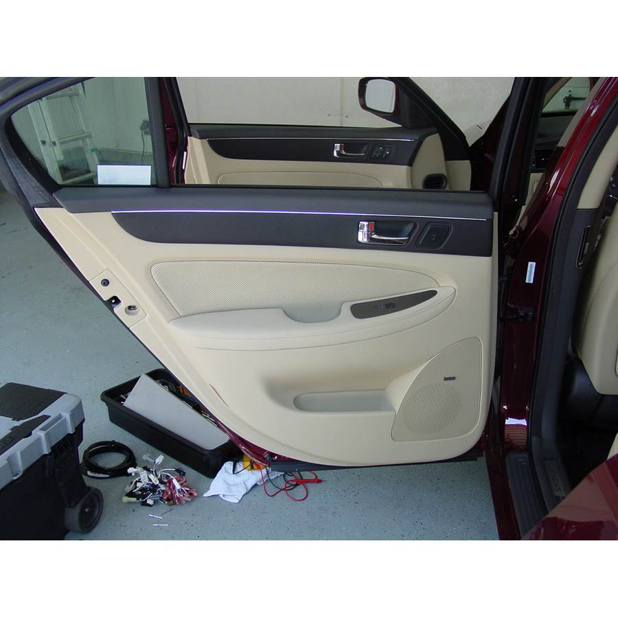 2012 Hyundai Genesis Rear door speaker location
