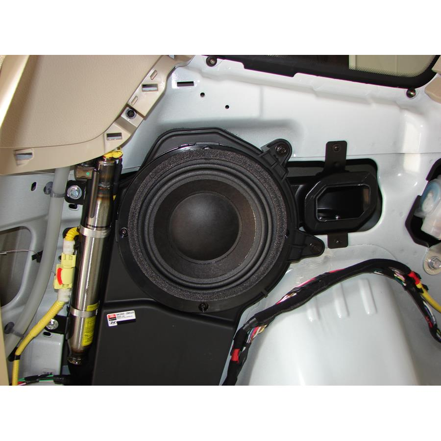 2008 Hyundai Santa Fe Far-rear side speaker
