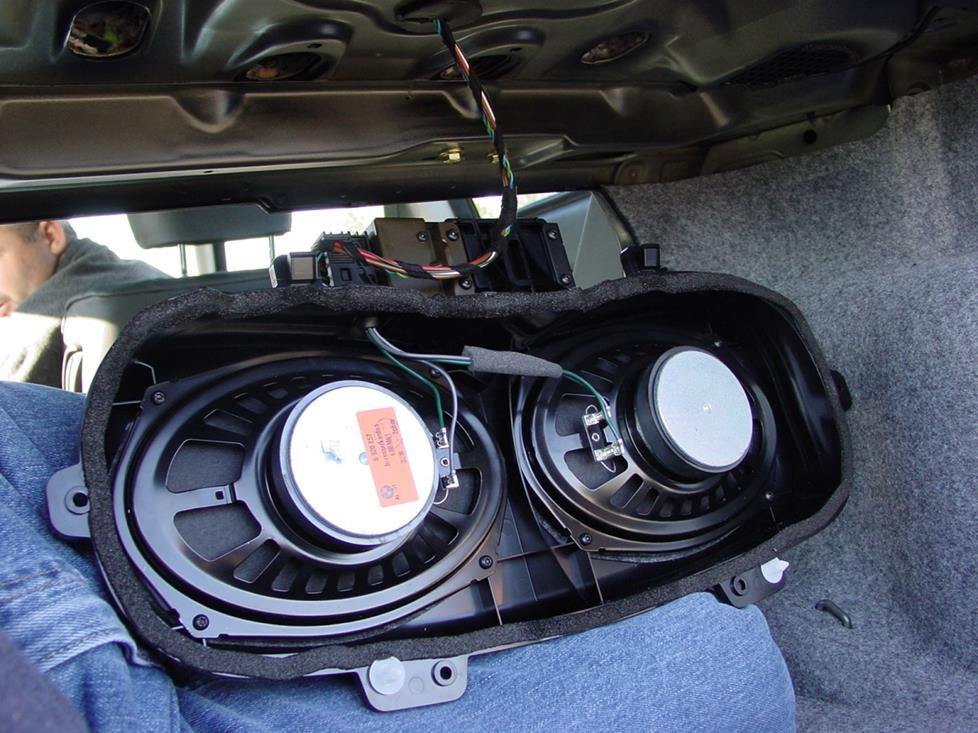 1999-2005 BMW 3 Series Sedan Car Audio Profile