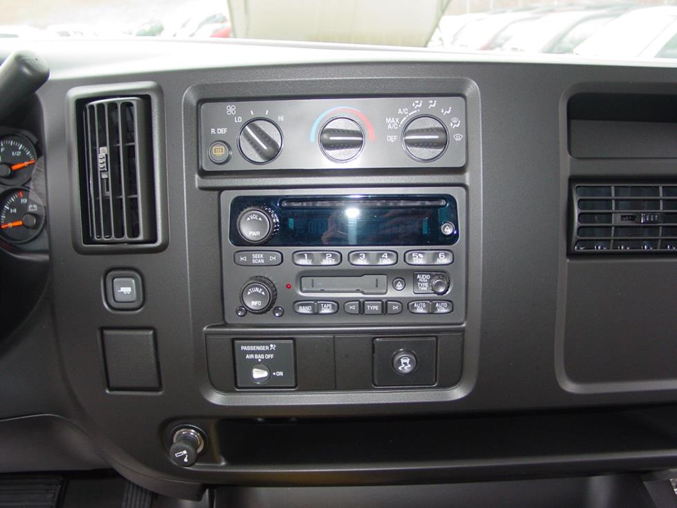 2003 Up Chevrolet Express And Gmc Savana Car Audio Profile