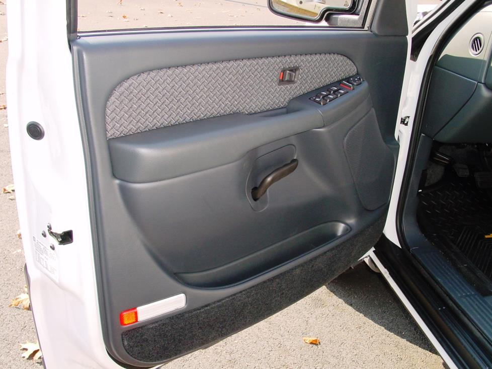 2002 Chevy Avalanche front door