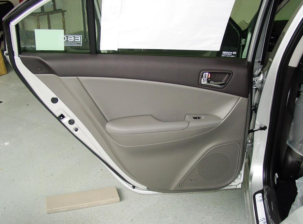 hyundai sonata rear door