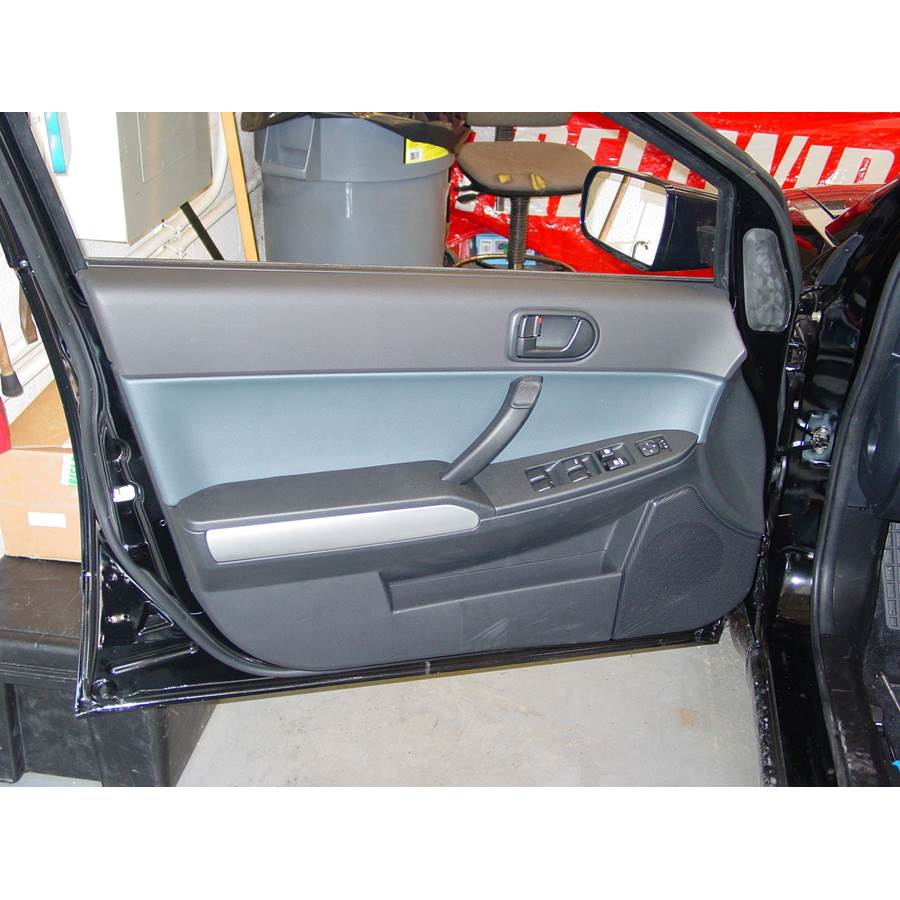2005 Mitsubishi Galant Front door speaker location