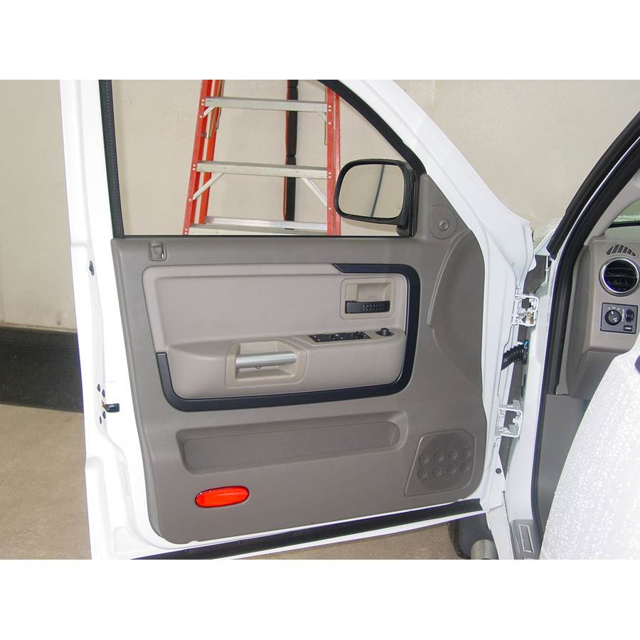 2006 Mitsubishi Raider Front door speaker location