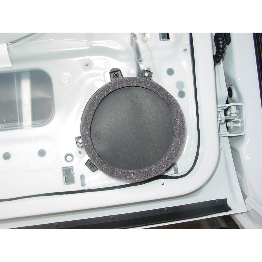 2006 Mitsubishi Raider Rear door speaker