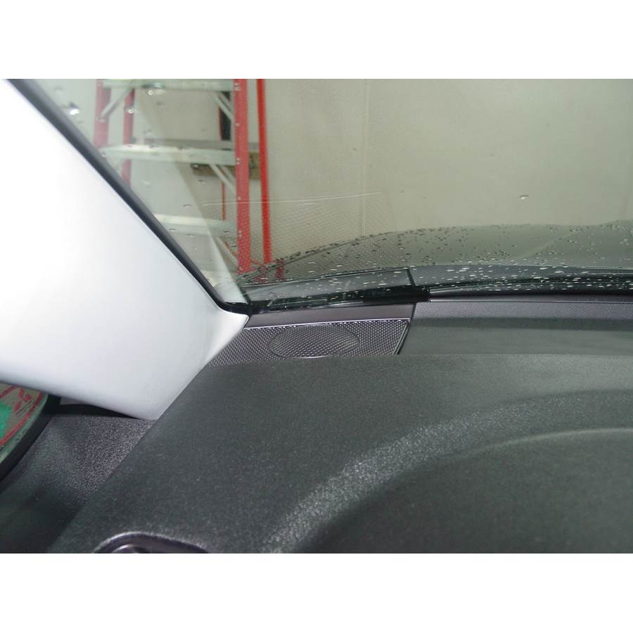 2008 Mitsubishi Endeavor Front pillar speaker location