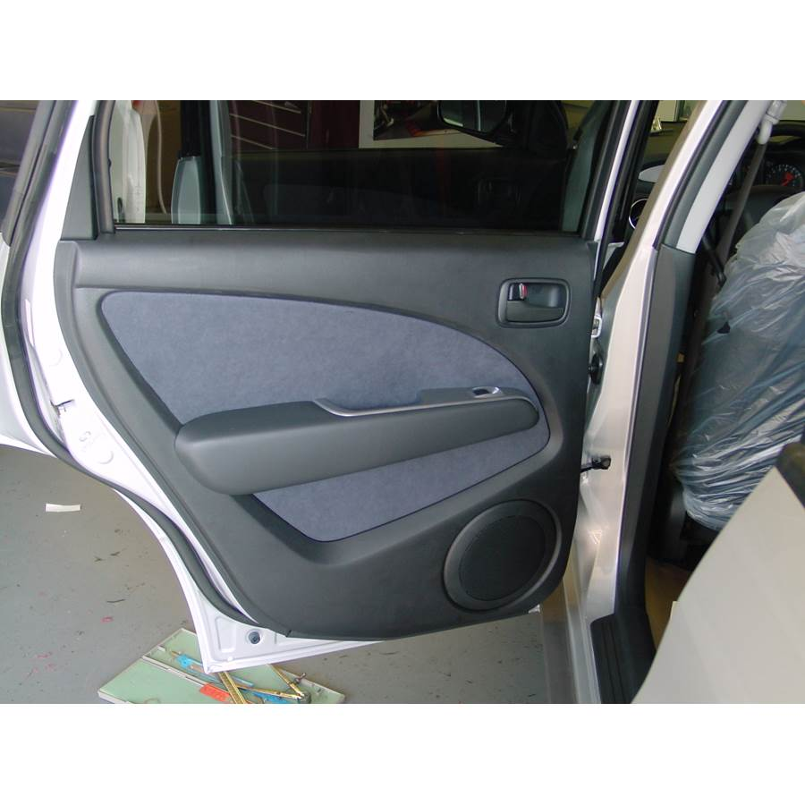 2005 Mitsubishi Outlander Rear door speaker location