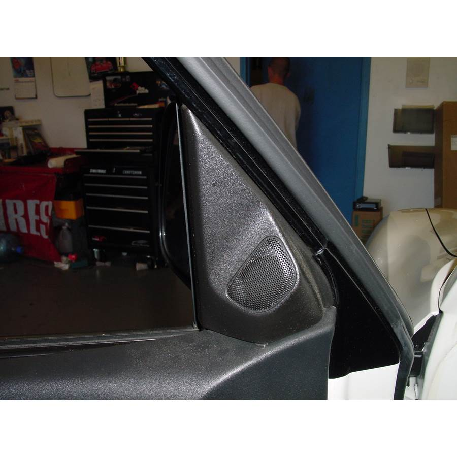 2003 Mitsubishi Montero Front door tweeter location