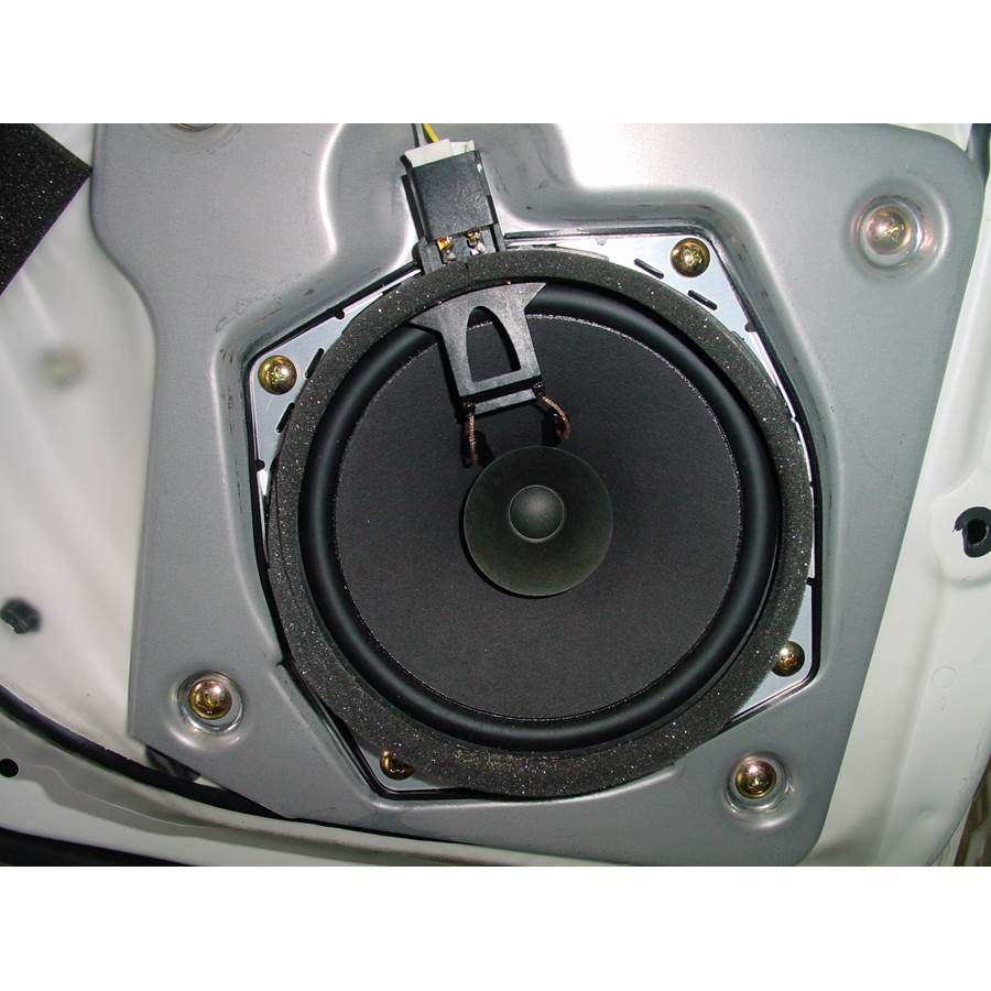2002 Mitsubishi Montero Rear door speaker