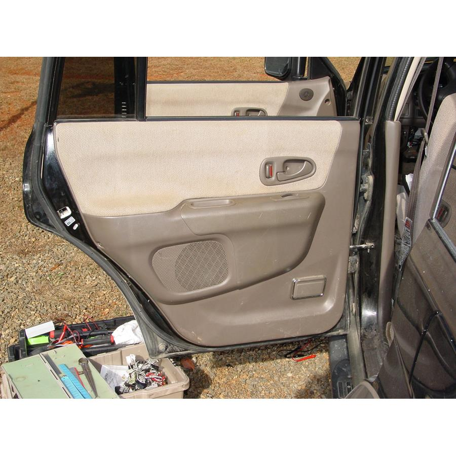 2001 Mitsubishi Montero Sport Rear door speaker location