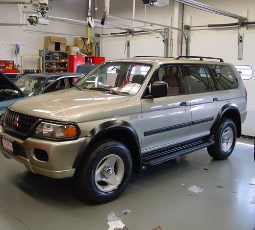 2001 Mitsubishi Montero Sport Exterior ...