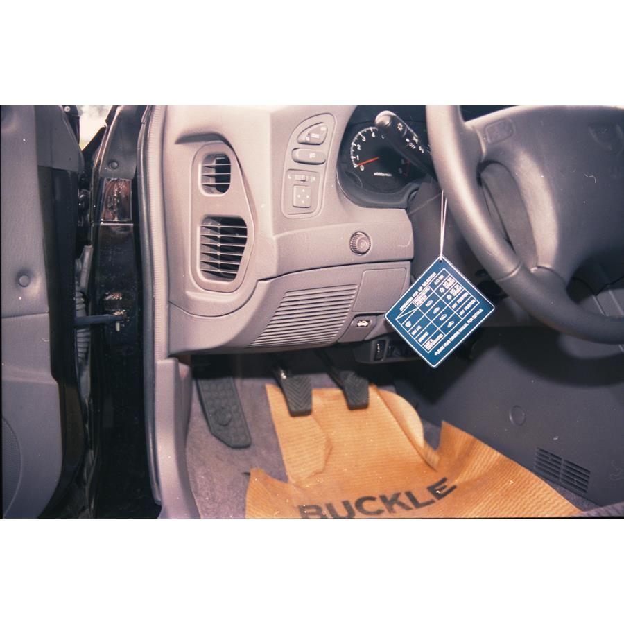 1999 Mitsubishi Eclipse Spyder Dash speaker location