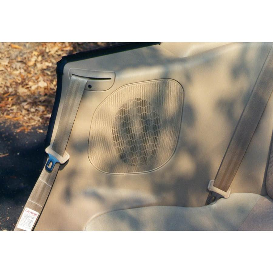 1999 Mitsubishi Eclipse Spyder Rear side panel speaker location