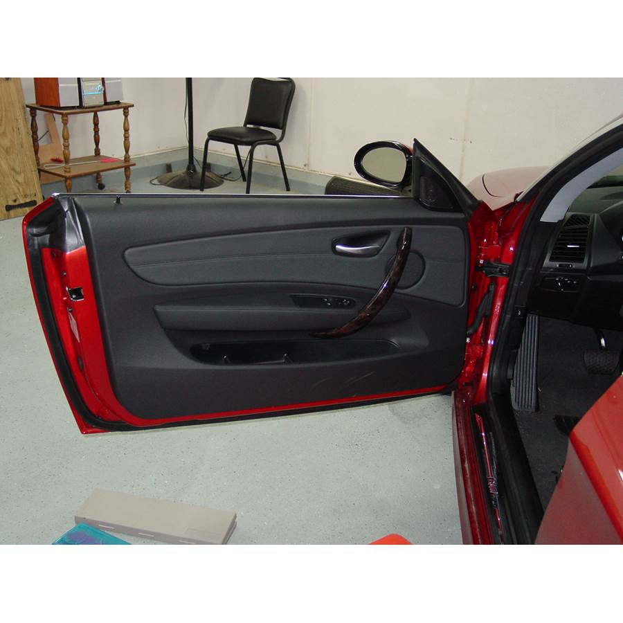 2010 BMW 1 Series Front door speaker location
