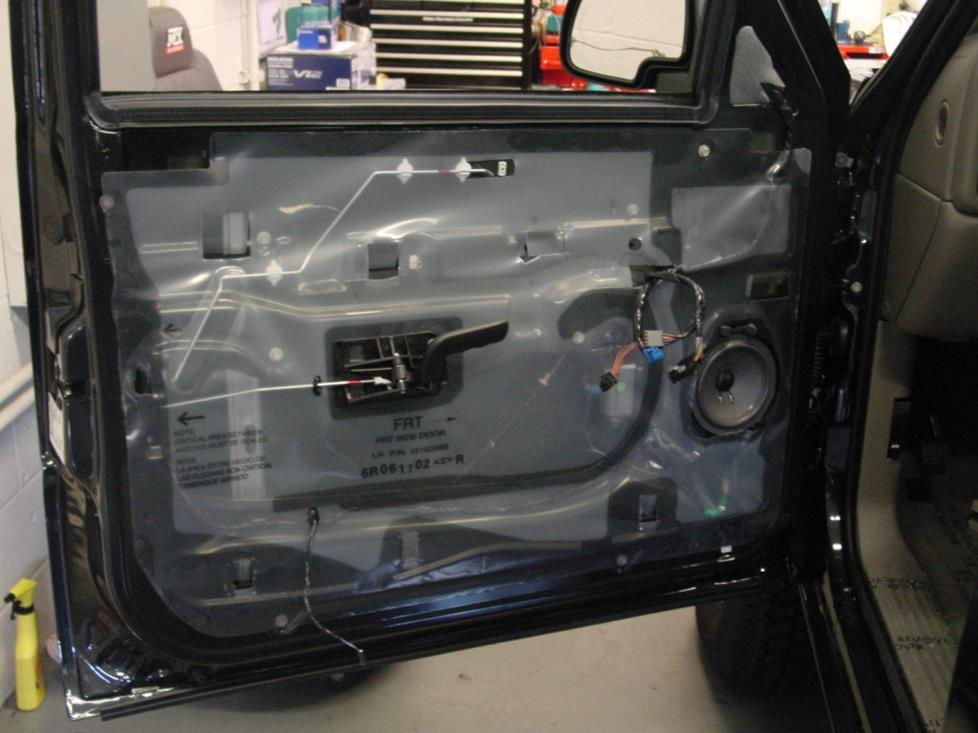 frontdoorspeaker 2003 2007 chevrolet silverado 1500 extended cab car stereo profile  at creativeand.co