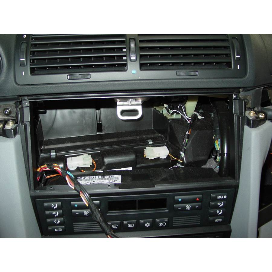 1999 BMW 7 Series Factory radio removed