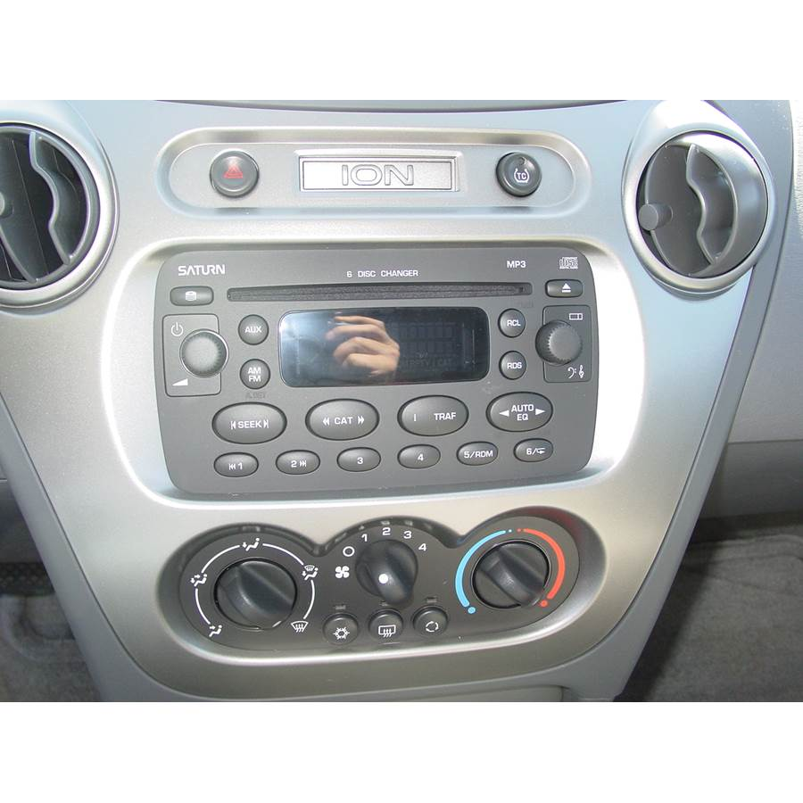 2005 Saturn ION 2 Factory Radio