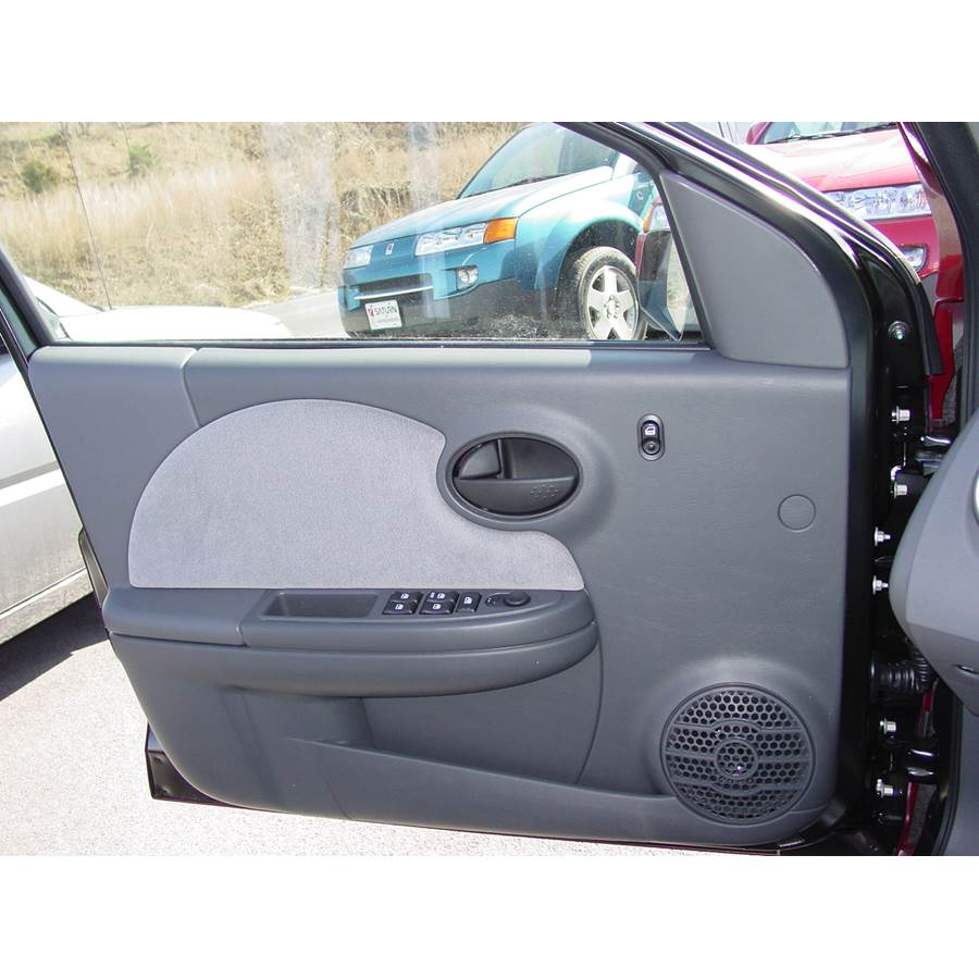 2005 Saturn ION 2 Front door speaker location