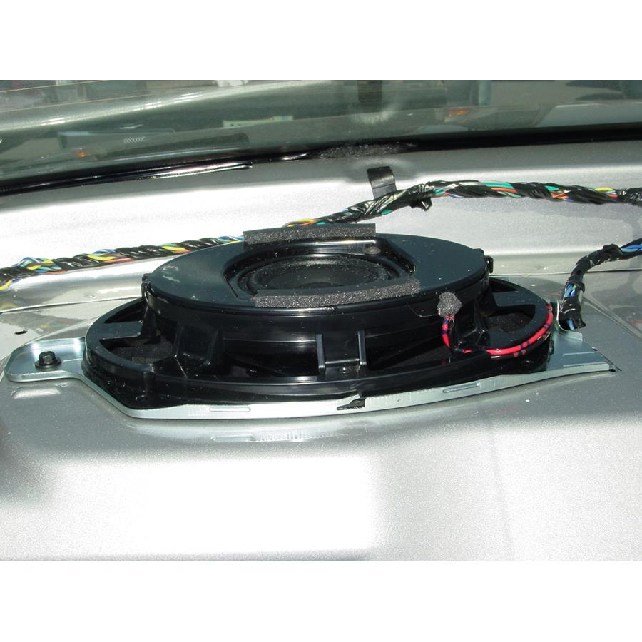 2009 Saturn Aura Rear deck speaker