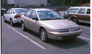 1998 Saturn Sl2 Exterior