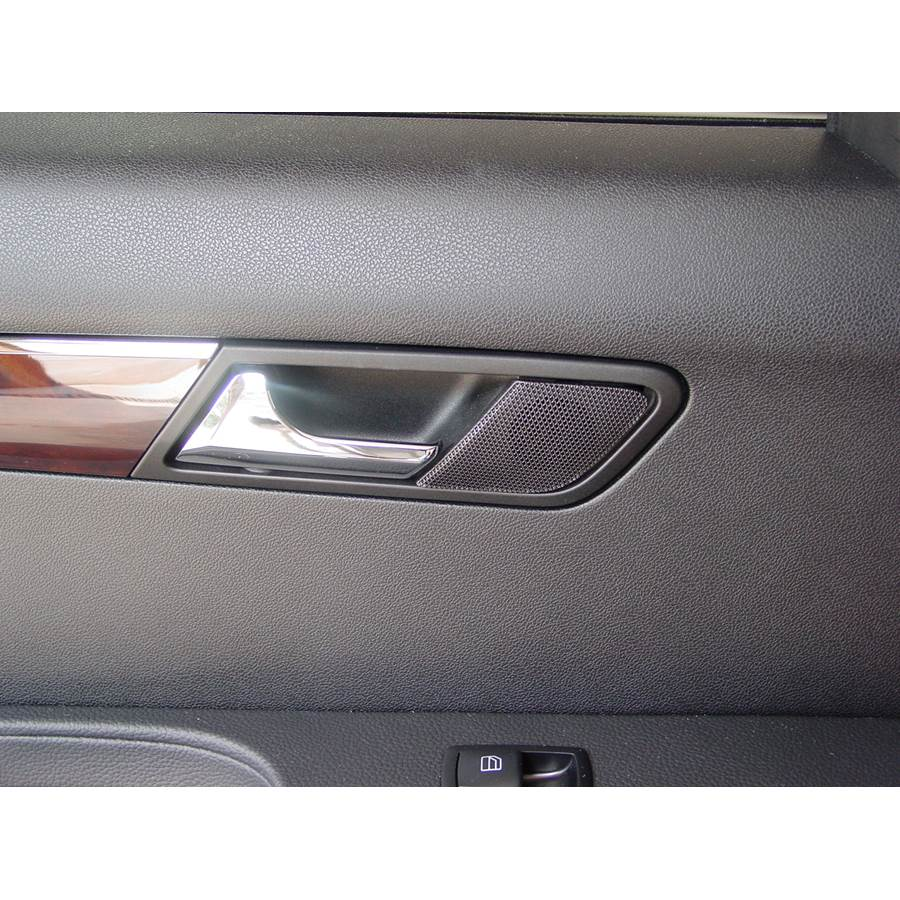 2007 Mercedes-Benz R-Class Rear door tweeter location