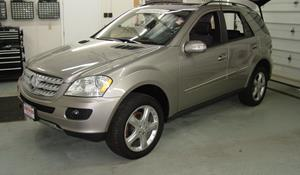 2011 Mercedes-Benz ML350 Exterior