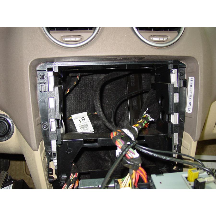 2011 Mercedes-Benz ML550 Factory radio removed