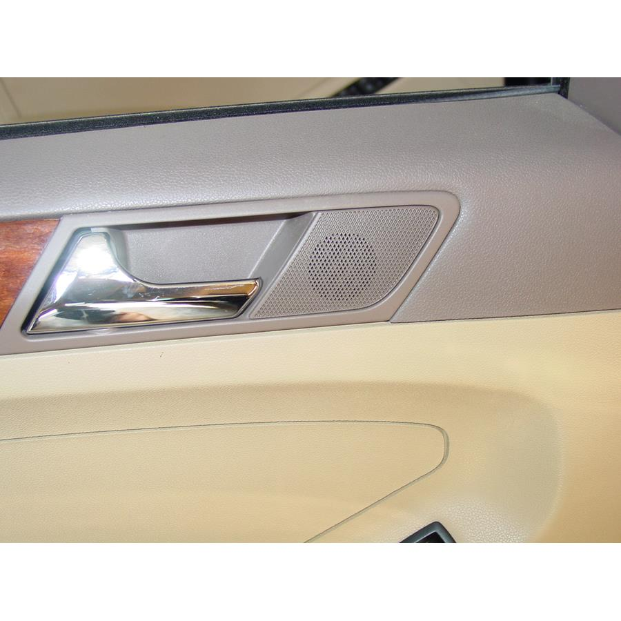 2011 Mercedes-Benz ML550 Rear door tweeter location