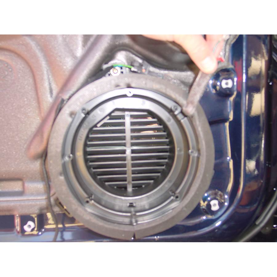 2003 Mercedes-Benz ML55 Front door woofer removed