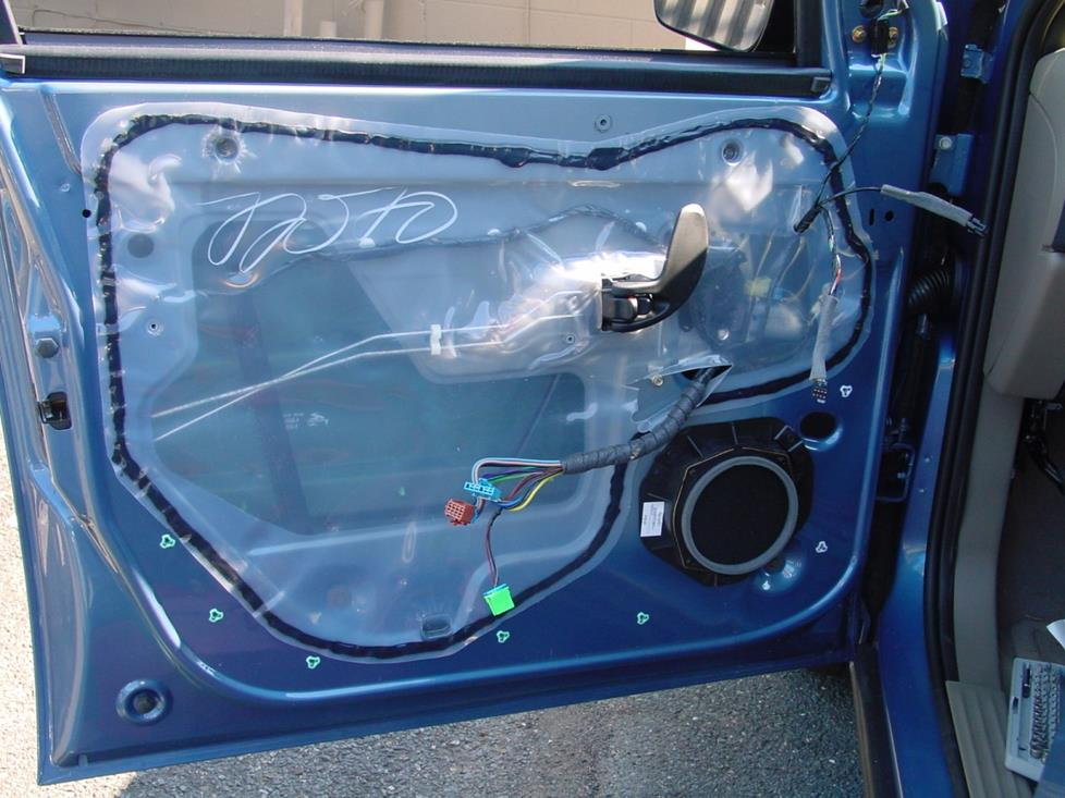 upgrading the stereo system in your 20012005 pontiac aztek