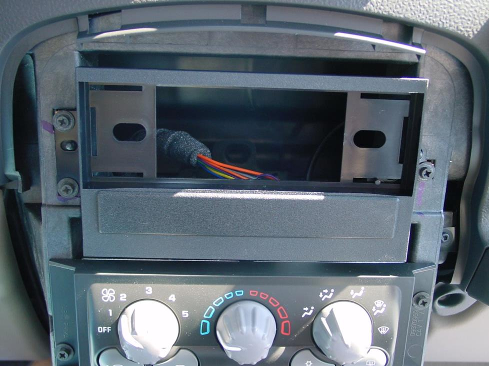 Pontiac Aztek radio kit