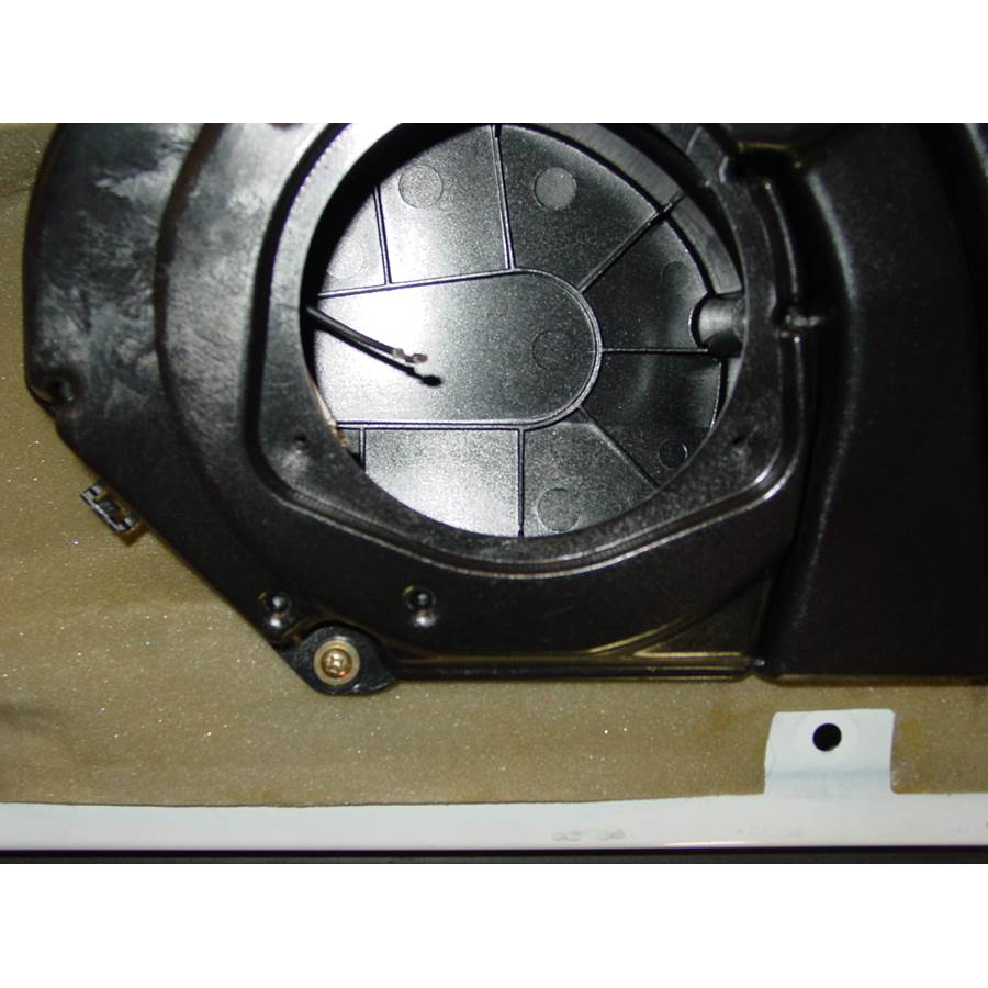 1994 Mercedes-Benz S-Class Front speaker removed