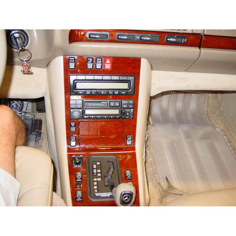 1994 Mercedes-Benz S-Class Factory Radio