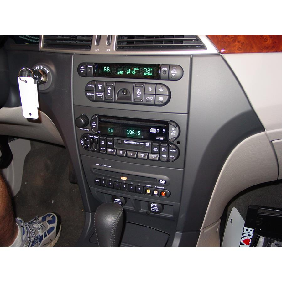 2005 Chrysler Pacifica Factory Radio