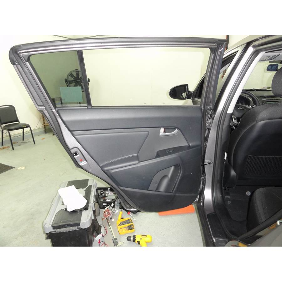 2015 Kia Sportage Rear door speaker location